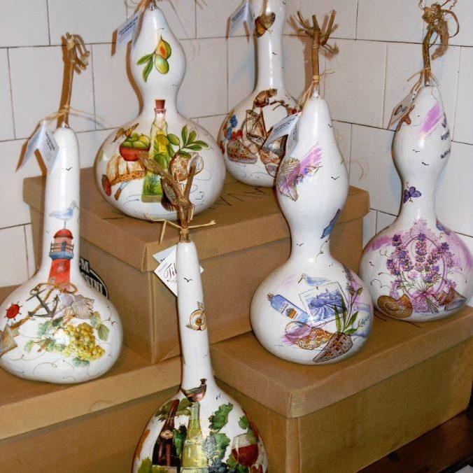 Tikvice, ručno izrađeni hrvatski suveniri od prirodnih materijala